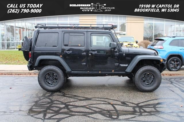 Pre-Owned 2013 Jeep Wrangler Unlimited Rubicon