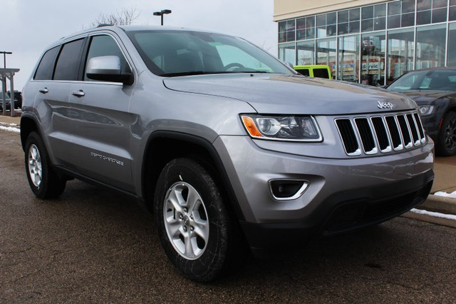 new 2016 jeep grand cherokee 4wd laredo sport utility in brookfield 71036 schlossmann dodge. Black Bedroom Furniture Sets. Home Design Ideas