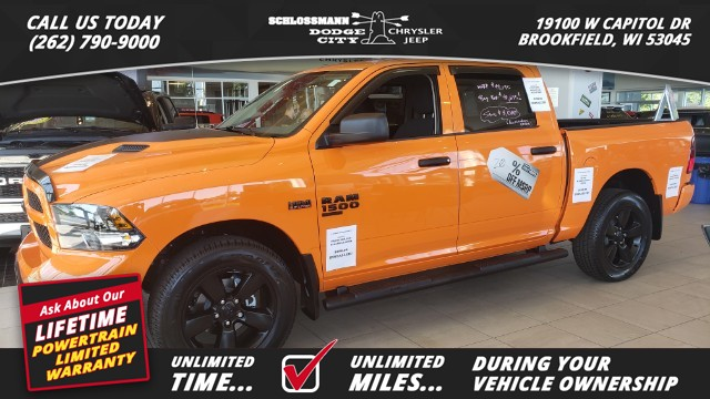 New 2019 RAM 1500 Classic 4WD Express Crew Cab