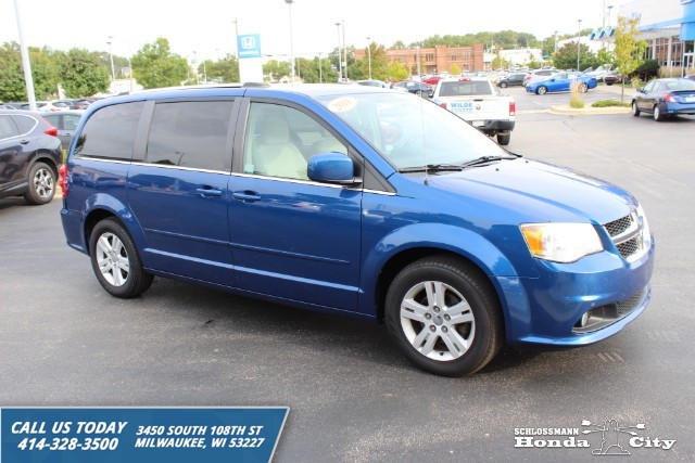 Pre-Owned 2011 Dodge Grand Caravan Crew